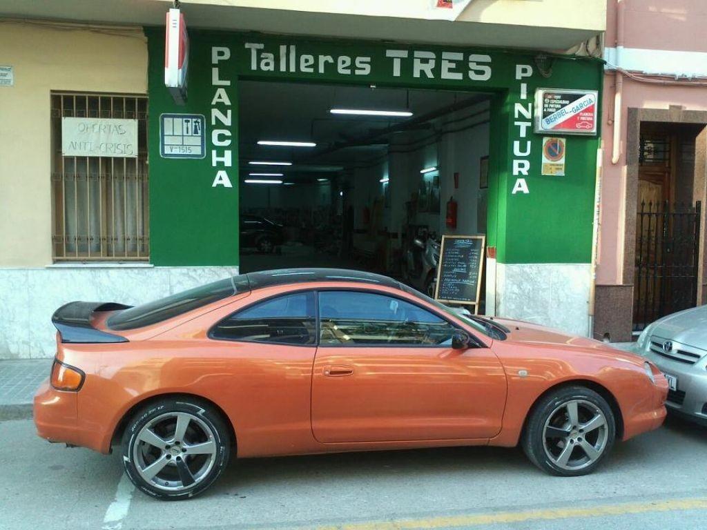 TALLERES TRES en Torrent