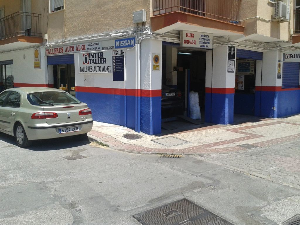 Auto AL-Gi en Granada