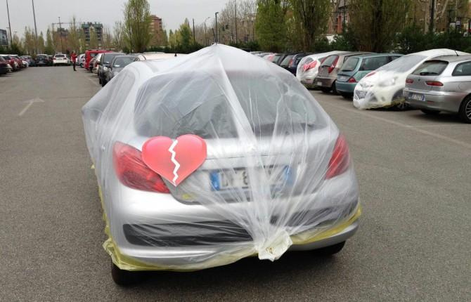 [Debate] Fiat plastifica los coches de otras marcas de sus empleados